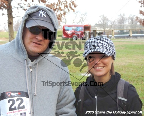 Share the Holiday Spirit 5K<br><br><br><br><a href='http://www.trisportsevents.com/pics/030.JPG' download='030.JPG'>Click here to download.</a><Br><a href='http://www.facebook.com/sharer.php?u=http:%2F%2Fwww.trisportsevents.com%2Fpics%2F030.JPG&t=Share the Holiday Spirit 5K' target='_blank'><img src='images/fb_share.png' width='100'></a>