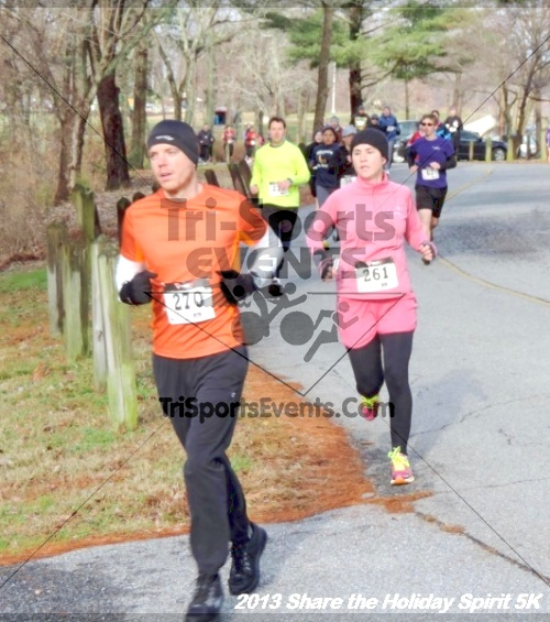 Share the Holiday Spirit 5K<br><br><br><br><a href='http://www.trisportsevents.com/pics/045.JPG' download='045.JPG'>Click here to download.</a><Br><a href='http://www.facebook.com/sharer.php?u=http:%2F%2Fwww.trisportsevents.com%2Fpics%2F045.JPG&t=Share the Holiday Spirit 5K' target='_blank'><img src='images/fb_share.png' width='100'></a>