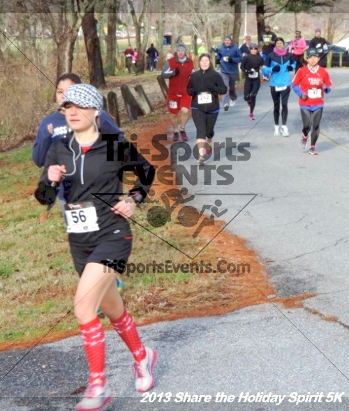 Share the Holiday Spirit 5K<br><br><br><br><a href='http://www.trisportsevents.com/pics/046.JPG' download='046.JPG'>Click here to download.</a><Br><a href='http://www.facebook.com/sharer.php?u=http:%2F%2Fwww.trisportsevents.com%2Fpics%2F046.JPG&t=Share the Holiday Spirit 5K' target='_blank'><img src='images/fb_share.png' width='100'></a>