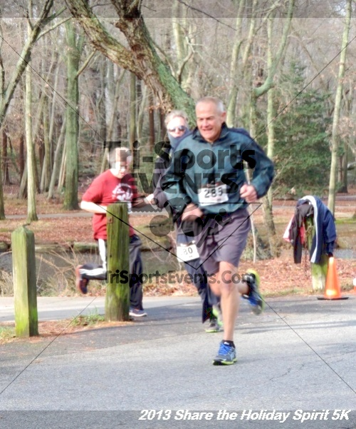 Share the Holiday Spirit 5K<br><br><br><br><a href='https://www.trisportsevents.com/pics/065.JPG' download='065.JPG'>Click here to download.</a><Br><a href='http://www.facebook.com/sharer.php?u=http:%2F%2Fwww.trisportsevents.com%2Fpics%2F065.JPG&t=Share the Holiday Spirit 5K' target='_blank'><img src='images/fb_share.png' width='100'></a>