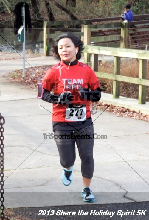 Share the Holiday Spirit 5K<br><br><br><br><a href='https://www.trisportsevents.com/pics/078.JPG' download='078.JPG'>Click here to download.</a><Br><a href='http://www.facebook.com/sharer.php?u=http:%2F%2Fwww.trisportsevents.com%2Fpics%2F078.JPG&t=Share the Holiday Spirit 5K' target='_blank'><img src='images/fb_share.png' width='100'></a>