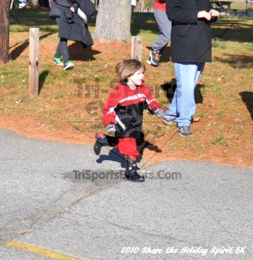 Share the Holiday Spirit 5K In Memory of Laura Gondeck<br><br><br><br><a href='http://www.trisportsevents.com/pics/10_Holiday_Spirit_I_011.JPG' download='10_Holiday_Spirit_I_011.JPG'>Click here to download.</a><Br><a href='http://www.facebook.com/sharer.php?u=http:%2F%2Fwww.trisportsevents.com%2Fpics%2F10_Holiday_Spirit_I_011.JPG&t=Share the Holiday Spirit 5K In Memory of Laura Gondeck' target='_blank'><img src='images/fb_share.png' width='100'></a>