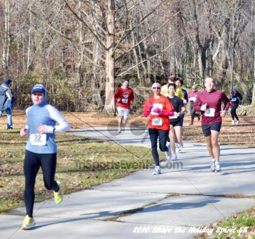 Share the Holiday Spirit 5K In Memory of Laura Gondeck<br><br><br><br><a href='http://www.trisportsevents.com/pics/10_Holiday_Spirit_I_023.JPG' download='10_Holiday_Spirit_I_023.JPG'>Click here to download.</a><Br><a href='http://www.facebook.com/sharer.php?u=http:%2F%2Fwww.trisportsevents.com%2Fpics%2F10_Holiday_Spirit_I_023.JPG&t=Share the Holiday Spirit 5K In Memory of Laura Gondeck' target='_blank'><img src='images/fb_share.png' width='100'></a>