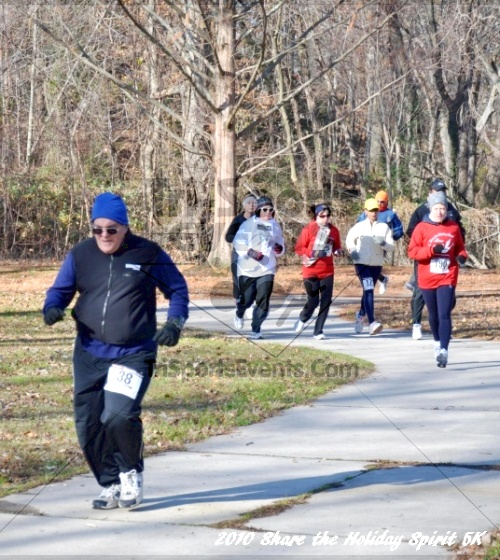 Share the Holiday Spirit 5K In Memory of Laura Gondeck<br><br><br><br><a href='http://www.trisportsevents.com/pics/10_Holiday_Spirit_I_035.JPG' download='10_Holiday_Spirit_I_035.JPG'>Click here to download.</a><Br><a href='http://www.facebook.com/sharer.php?u=http:%2F%2Fwww.trisportsevents.com%2Fpics%2F10_Holiday_Spirit_I_035.JPG&t=Share the Holiday Spirit 5K In Memory of Laura Gondeck' target='_blank'><img src='images/fb_share.png' width='100'></a>