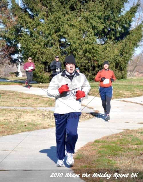 Share the Holiday Spirit 5K In Memory of Laura Gondeck<br><br><br><br><a href='https://www.trisportsevents.com/pics/10_Holiday_Spirit_I_074.JPG' download='10_Holiday_Spirit_I_074.JPG'>Click here to download.</a><Br><a href='http://www.facebook.com/sharer.php?u=http:%2F%2Fwww.trisportsevents.com%2Fpics%2F10_Holiday_Spirit_I_074.JPG&t=Share the Holiday Spirit 5K In Memory of Laura Gondeck' target='_blank'><img src='images/fb_share.png' width='100'></a>