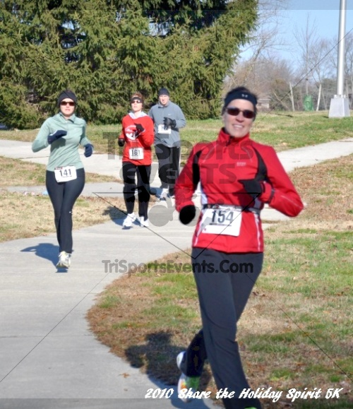 Share the Holiday Spirit 5K In Memory of Laura Gondeck<br><br><br><br><a href='http://www.trisportsevents.com/pics/10_Holiday_Spirit_I_077.JPG' download='10_Holiday_Spirit_I_077.JPG'>Click here to download.</a><Br><a href='http://www.facebook.com/sharer.php?u=http:%2F%2Fwww.trisportsevents.com%2Fpics%2F10_Holiday_Spirit_I_077.JPG&t=Share the Holiday Spirit 5K In Memory of Laura Gondeck' target='_blank'><img src='images/fb_share.png' width='100'></a>