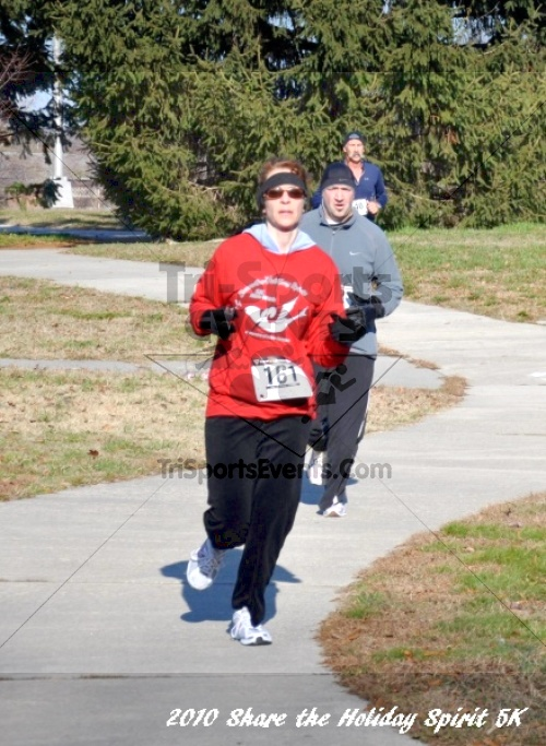 Share the Holiday Spirit 5K In Memory of Laura Gondeck<br><br><br><br><a href='http://www.trisportsevents.com/pics/10_Holiday_Spirit_I_078.JPG' download='10_Holiday_Spirit_I_078.JPG'>Click here to download.</a><Br><a href='http://www.facebook.com/sharer.php?u=http:%2F%2Fwww.trisportsevents.com%2Fpics%2F10_Holiday_Spirit_I_078.JPG&t=Share the Holiday Spirit 5K In Memory of Laura Gondeck' target='_blank'><img src='images/fb_share.png' width='100'></a>