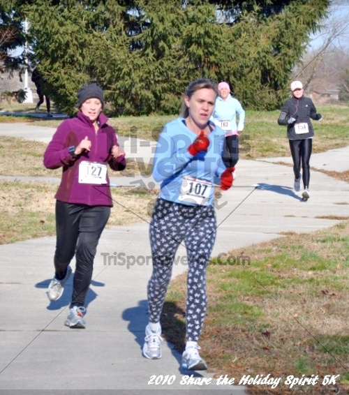 Share the Holiday Spirit 5K In Memory of Laura Gondeck<br><br><br><br><a href='http://www.trisportsevents.com/pics/10_Holiday_Spirit_I_081.JPG' download='10_Holiday_Spirit_I_081.JPG'>Click here to download.</a><Br><a href='http://www.facebook.com/sharer.php?u=http:%2F%2Fwww.trisportsevents.com%2Fpics%2F10_Holiday_Spirit_I_081.JPG&t=Share the Holiday Spirit 5K In Memory of Laura Gondeck' target='_blank'><img src='images/fb_share.png' width='100'></a>