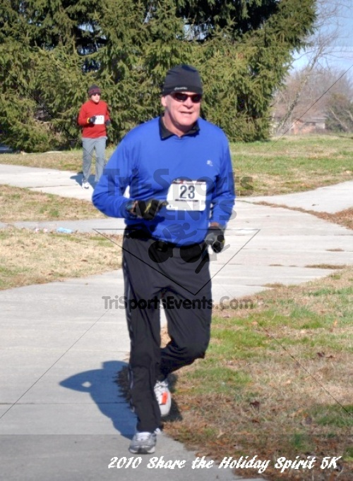 Share the Holiday Spirit 5K In Memory of Laura Gondeck<br><br><br><br><a href='http://www.trisportsevents.com/pics/10_Holiday_Spirit_I_084.JPG' download='10_Holiday_Spirit_I_084.JPG'>Click here to download.</a><Br><a href='http://www.facebook.com/sharer.php?u=http:%2F%2Fwww.trisportsevents.com%2Fpics%2F10_Holiday_Spirit_I_084.JPG&t=Share the Holiday Spirit 5K In Memory of Laura Gondeck' target='_blank'><img src='images/fb_share.png' width='100'></a>