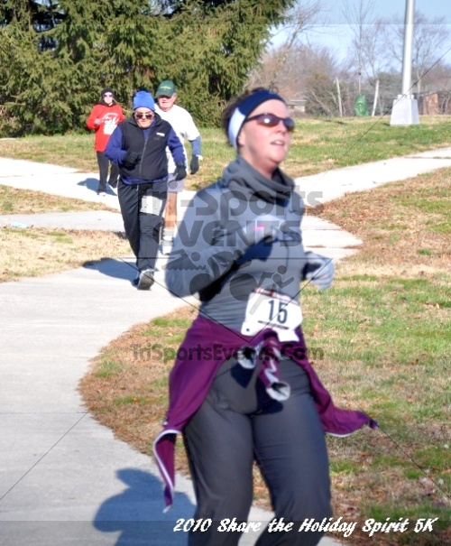 Share the Holiday Spirit 5K In Memory of Laura Gondeck<br><br><br><br><a href='https://www.trisportsevents.com/pics/10_Holiday_Spirit_I_094.JPG' download='10_Holiday_Spirit_I_094.JPG'>Click here to download.</a><Br><a href='http://www.facebook.com/sharer.php?u=http:%2F%2Fwww.trisportsevents.com%2Fpics%2F10_Holiday_Spirit_I_094.JPG&t=Share the Holiday Spirit 5K In Memory of Laura Gondeck' target='_blank'><img src='images/fb_share.png' width='100'></a>