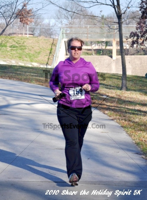 Share the Holiday Spirit 5K In Memory of Laura Gondeck<br><br><br><br><a href='http://www.trisportsevents.com/pics/10_Holiday_Spirit_I_103.JPG' download='10_Holiday_Spirit_I_103.JPG'>Click here to download.</a><Br><a href='http://www.facebook.com/sharer.php?u=http:%2F%2Fwww.trisportsevents.com%2Fpics%2F10_Holiday_Spirit_I_103.JPG&t=Share the Holiday Spirit 5K In Memory of Laura Gondeck' target='_blank'><img src='images/fb_share.png' width='100'></a>