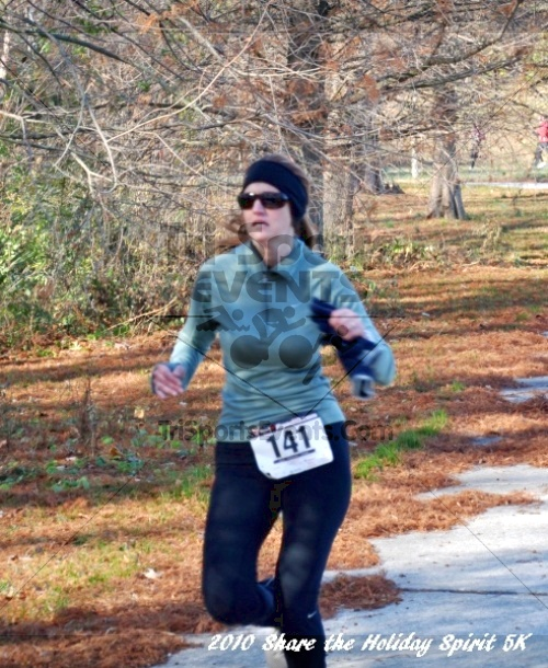 Share the Holiday Spirit 5K In Memory of Laura Gondeck<br><br><br><br><a href='http://www.trisportsevents.com/pics/10_Holiday_Spirit_I_125.JPG' download='10_Holiday_Spirit_I_125.JPG'>Click here to download.</a><Br><a href='http://www.facebook.com/sharer.php?u=http:%2F%2Fwww.trisportsevents.com%2Fpics%2F10_Holiday_Spirit_I_125.JPG&t=Share the Holiday Spirit 5K In Memory of Laura Gondeck' target='_blank'><img src='images/fb_share.png' width='100'></a>