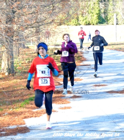 Share the Holiday Spirit 5K In Memory of Laura Gondeck<br><br><br><br><a href='http://www.trisportsevents.com/pics/10_Holiday_Spirit_I_126.JPG' download='10_Holiday_Spirit_I_126.JPG'>Click here to download.</a><Br><a href='http://www.facebook.com/sharer.php?u=http:%2F%2Fwww.trisportsevents.com%2Fpics%2F10_Holiday_Spirit_I_126.JPG&t=Share the Holiday Spirit 5K In Memory of Laura Gondeck' target='_blank'><img src='images/fb_share.png' width='100'></a>