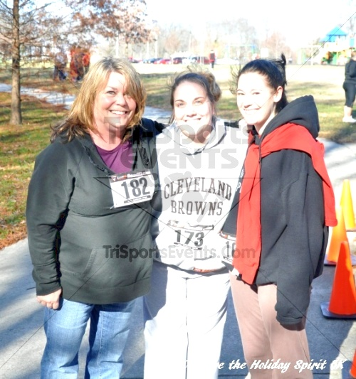 Share the Holiday Spirit 5K In Memory of Laura Gondeck<br><br><br><br><a href='http://www.trisportsevents.com/pics/10_Holiday_Spirit_I_137.JPG' download='10_Holiday_Spirit_I_137.JPG'>Click here to download.</a><Br><a href='http://www.facebook.com/sharer.php?u=http:%2F%2Fwww.trisportsevents.com%2Fpics%2F10_Holiday_Spirit_I_137.JPG&t=Share the Holiday Spirit 5K In Memory of Laura Gondeck' target='_blank'><img src='images/fb_share.png' width='100'></a>