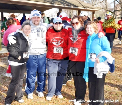 Share the Holiday Spirit 5K In Memory of Laura Gondeck<br><br><br><br><a href='http://www.trisportsevents.com/pics/10_Holiday_Spirit_I_143.JPG' download='10_Holiday_Spirit_I_143.JPG'>Click here to download.</a><Br><a href='http://www.facebook.com/sharer.php?u=http:%2F%2Fwww.trisportsevents.com%2Fpics%2F10_Holiday_Spirit_I_143.JPG&t=Share the Holiday Spirit 5K In Memory of Laura Gondeck' target='_blank'><img src='images/fb_share.png' width='100'></a>