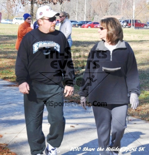 Share the Holiday Spirit 5K In Memory of Laura Gondeck<br><br><br><br><a href='https://www.trisportsevents.com/pics/10_Holiday_Spirit_I_146.JPG' download='10_Holiday_Spirit_I_146.JPG'>Click here to download.</a><Br><a href='http://www.facebook.com/sharer.php?u=http:%2F%2Fwww.trisportsevents.com%2Fpics%2F10_Holiday_Spirit_I_146.JPG&t=Share the Holiday Spirit 5K In Memory of Laura Gondeck' target='_blank'><img src='images/fb_share.png' width='100'></a>