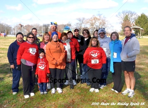 Share the Holiday Spirit 5K In Memory of Laura Gondeck<br><br><br><br><a href='http://www.trisportsevents.com/pics/10_Holiday_Spirit_I_155.JPG' download='10_Holiday_Spirit_I_155.JPG'>Click here to download.</a><Br><a href='http://www.facebook.com/sharer.php?u=http:%2F%2Fwww.trisportsevents.com%2Fpics%2F10_Holiday_Spirit_I_155.JPG&t=Share the Holiday Spirit 5K In Memory of Laura Gondeck' target='_blank'><img src='images/fb_share.png' width='100'></a>