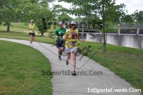 No Fear Frear 5K Run/Walk<br><br><br><br><a href='https://www.trisportsevents.com/pics/10_No_Fear_Frear_102.JPG' download='10_No_Fear_Frear_102.JPG'>Click here to download.</a><Br><a href='http://www.facebook.com/sharer.php?u=http:%2F%2Fwww.trisportsevents.com%2Fpics%2F10_No_Fear_Frear_102.JPG&t=No Fear Frear 5K Run/Walk' target='_blank'><img src='images/fb_share.png' width='100'></a>
