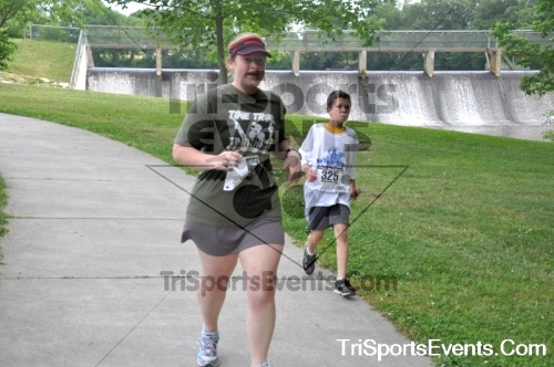 No Fear Frear 5K Run/Walk<br><br><br><br><a href='https://www.trisportsevents.com/pics/10_No_Fear_Frear_126.JPG' download='10_No_Fear_Frear_126.JPG'>Click here to download.</a><Br><a href='http://www.facebook.com/sharer.php?u=http:%2F%2Fwww.trisportsevents.com%2Fpics%2F10_No_Fear_Frear_126.JPG&t=No Fear Frear 5K Run/Walk' target='_blank'><img src='images/fb_share.png' width='100'></a>