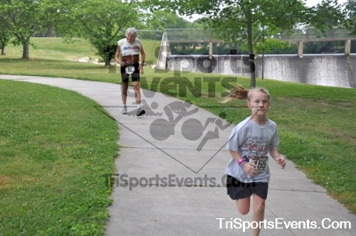 No Fear Frear 5K Run/Walk<br><br><br><br><a href='https://www.trisportsevents.com/pics/10_No_Fear_Frear_136.JPG' download='10_No_Fear_Frear_136.JPG'>Click here to download.</a><Br><a href='http://www.facebook.com/sharer.php?u=http:%2F%2Fwww.trisportsevents.com%2Fpics%2F10_No_Fear_Frear_136.JPG&t=No Fear Frear 5K Run/Walk' target='_blank'><img src='images/fb_share.png' width='100'></a>