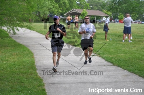 No Fear Frear 5K Run/Walk<br><br><br><br><a href='https://www.trisportsevents.com/pics/10_No_Fear_Frear_164.JPG' download='10_No_Fear_Frear_164.JPG'>Click here to download.</a><Br><a href='http://www.facebook.com/sharer.php?u=http:%2F%2Fwww.trisportsevents.com%2Fpics%2F10_No_Fear_Frear_164.JPG&t=No Fear Frear 5K Run/Walk' target='_blank'><img src='images/fb_share.png' width='100'></a>