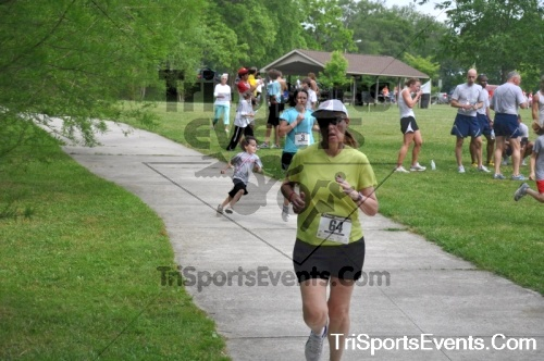 No Fear Frear 5K Run/Walk<br><br><br><br><a href='https://www.trisportsevents.com/pics/10_No_Fear_Frear_187.JPG' download='10_No_Fear_Frear_187.JPG'>Click here to download.</a><Br><a href='http://www.facebook.com/sharer.php?u=http:%2F%2Fwww.trisportsevents.com%2Fpics%2F10_No_Fear_Frear_187.JPG&t=No Fear Frear 5K Run/Walk' target='_blank'><img src='images/fb_share.png' width='100'></a>