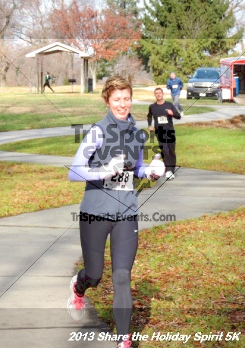 Share the Holiday Spirit 5K<br><br><br><br><a href='http://www.trisportsevents.com/pics/114.JPG' download='114.JPG'>Click here to download.</a><Br><a href='http://www.facebook.com/sharer.php?u=http:%2F%2Fwww.trisportsevents.com%2Fpics%2F114.JPG&t=Share the Holiday Spirit 5K' target='_blank'><img src='images/fb_share.png' width='100'></a>