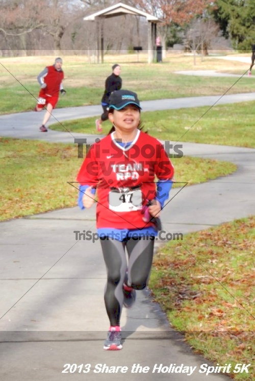 Share the Holiday Spirit 5K<br><br><br><br><a href='http://www.trisportsevents.com/pics/117.JPG' download='117.JPG'>Click here to download.</a><Br><a href='http://www.facebook.com/sharer.php?u=http:%2F%2Fwww.trisportsevents.com%2Fpics%2F117.JPG&t=Share the Holiday Spirit 5K' target='_blank'><img src='images/fb_share.png' width='100'></a>