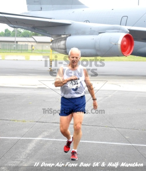 2nd Dover Air Force Base 5K & Half Marathon<br><br><br><br><a href='https://www.trisportsevents.com/pics/11_DAFB_5K_&_Half_Marathon_039.JPG' download='11_DAFB_5K_&_Half_Marathon_039.JPG'>Click here to download.</a><Br><a href='http://www.facebook.com/sharer.php?u=http:%2F%2Fwww.trisportsevents.com%2Fpics%2F11_DAFB_5K_&_Half_Marathon_039.JPG&t=2nd Dover Air Force Base 5K & Half Marathon' target='_blank'><img src='images/fb_share.png' width='100'></a>