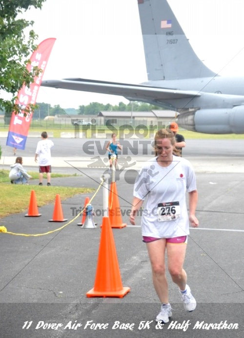2nd Dover Air Force Base 5K & Half Marathon<br><br><br><br><a href='https://www.trisportsevents.com/pics/11_DAFB_5K_&_Half_Marathon_052.JPG' download='11_DAFB_5K_&_Half_Marathon_052.JPG'>Click here to download.</a><Br><a href='http://www.facebook.com/sharer.php?u=http:%2F%2Fwww.trisportsevents.com%2Fpics%2F11_DAFB_5K_&_Half_Marathon_052.JPG&t=2nd Dover Air Force Base 5K & Half Marathon' target='_blank'><img src='images/fb_share.png' width='100'></a>