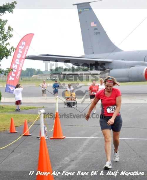 2nd Dover Air Force Base 5K & Half Marathon<br><br><br><br><a href='https://www.trisportsevents.com/pics/11_DAFB_5K_&_Half_Marathon_062.JPG' download='11_DAFB_5K_&_Half_Marathon_062.JPG'>Click here to download.</a><Br><a href='http://www.facebook.com/sharer.php?u=http:%2F%2Fwww.trisportsevents.com%2Fpics%2F11_DAFB_5K_&_Half_Marathon_062.JPG&t=2nd Dover Air Force Base 5K & Half Marathon' target='_blank'><img src='images/fb_share.png' width='100'></a>