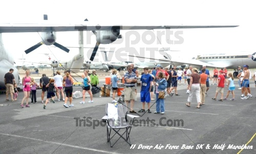 2nd Dover Air Force Base 5K & Half Marathon<br><br><br><br><a href='https://www.trisportsevents.com/pics/11_DAFB_5K_&_Half_Marathon_073.JPG' download='11_DAFB_5K_&_Half_Marathon_073.JPG'>Click here to download.</a><Br><a href='http://www.facebook.com/sharer.php?u=http:%2F%2Fwww.trisportsevents.com%2Fpics%2F11_DAFB_5K_&_Half_Marathon_073.JPG&t=2nd Dover Air Force Base 5K & Half Marathon' target='_blank'><img src='images/fb_share.png' width='100'></a>
