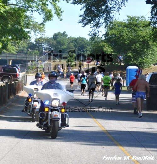 Freedom 5K Run/Walk<br><br><br><br><a href='https://www.trisportsevents.com/pics/11_Freedom_5K_007.JPG' download='11_Freedom_5K_007.JPG'>Click here to download.</a><Br><a href='http://www.facebook.com/sharer.php?u=http:%2F%2Fwww.trisportsevents.com%2Fpics%2F11_Freedom_5K_007.JPG&t=Freedom 5K Run/Walk' target='_blank'><img src='images/fb_share.png' width='100'></a>