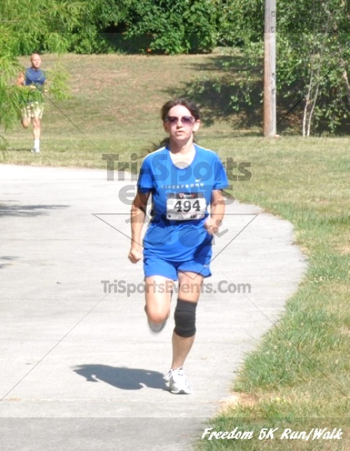 Freedom 5K Run/Walk<br><br><br><br><a href='http://www.trisportsevents.com/pics/11_Freedom_5K_129.JPG' download='11_Freedom_5K_129.JPG'>Click here to download.</a><Br><a href='http://www.facebook.com/sharer.php?u=http:%2F%2Fwww.trisportsevents.com%2Fpics%2F11_Freedom_5K_129.JPG&t=Freedom 5K Run/Walk' target='_blank'><img src='images/fb_share.png' width='100'></a>