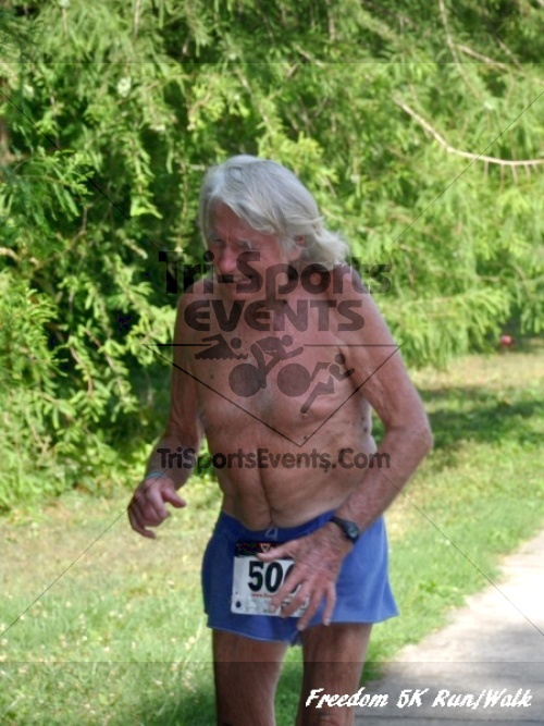 Freedom 5K Run/Walk<br><br><br><br><a href='https://www.trisportsevents.com/pics/11_Freedom_5K_136.JPG' download='11_Freedom_5K_136.JPG'>Click here to download.</a><Br><a href='http://www.facebook.com/sharer.php?u=http:%2F%2Fwww.trisportsevents.com%2Fpics%2F11_Freedom_5K_136.JPG&t=Freedom 5K Run/Walk' target='_blank'><img src='images/fb_share.png' width='100'></a>