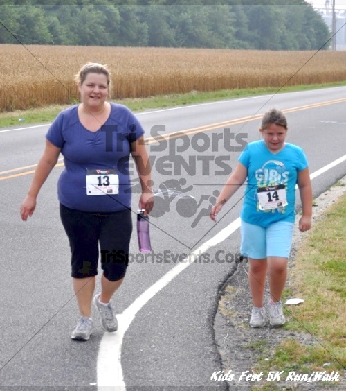 Kids Fest Be Great 5K Run/Walk<br><br><br><br><a href='http://www.trisportsevents.com/pics/11_Kids_Fest_5K_037.JPG' download='11_Kids_Fest_5K_037.JPG'>Click here to download.</a><Br><a href='http://www.facebook.com/sharer.php?u=http:%2F%2Fwww.trisportsevents.com%2Fpics%2F11_Kids_Fest_5K_037.JPG&t=Kids Fest Be Great 5K Run/Walk' target='_blank'><img src='images/fb_share.png' width='100'></a>
