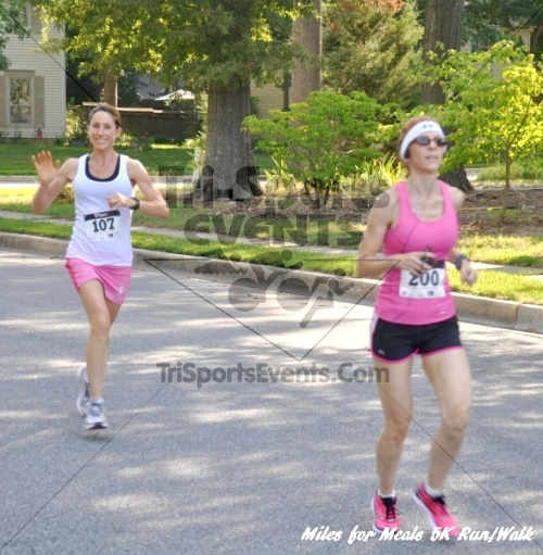Miles for Meals 5K Run/Walk<br><br><br><br><a href='http://www.trisportsevents.com/pics/11_Miles_for_Meals_5k_011.JPG' download='11_Miles_for_Meals_5k_011.JPG'>Click here to download.</a><Br><a href='http://www.facebook.com/sharer.php?u=http:%2F%2Fwww.trisportsevents.com%2Fpics%2F11_Miles_for_Meals_5k_011.JPG&t=Miles for Meals 5K Run/Walk' target='_blank'><img src='images/fb_share.png' width='100'></a>