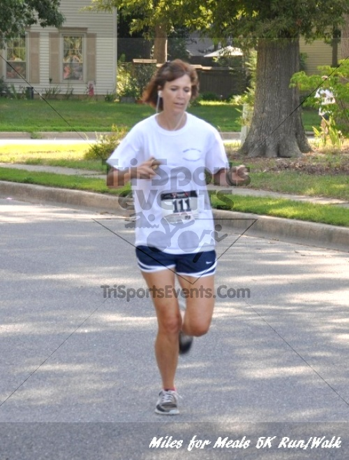 Miles for Meals 5K Run/Walk<br><br><br><br><a href='http://www.trisportsevents.com/pics/11_Miles_for_Meals_5k_012.JPG' download='11_Miles_for_Meals_5k_012.JPG'>Click here to download.</a><Br><a href='http://www.facebook.com/sharer.php?u=http:%2F%2Fwww.trisportsevents.com%2Fpics%2F11_Miles_for_Meals_5k_012.JPG&t=Miles for Meals 5K Run/Walk' target='_blank'><img src='images/fb_share.png' width='100'></a>