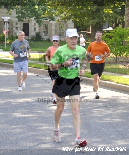 Miles for Meals 5K Run/Walk<br><br><br><br><a href='https://www.trisportsevents.com/pics/11_Miles_for_Meals_5k_026.JPG' download='11_Miles_for_Meals_5k_026.JPG'>Click here to download.</a><Br><a href='http://www.facebook.com/sharer.php?u=http:%2F%2Fwww.trisportsevents.com%2Fpics%2F11_Miles_for_Meals_5k_026.JPG&t=Miles for Meals 5K Run/Walk' target='_blank'><img src='images/fb_share.png' width='100'></a>