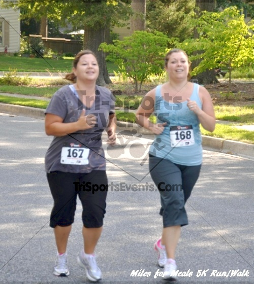 Miles for Meals 5K Run/Walk<br><br><br><br><a href='https://www.trisportsevents.com/pics/11_Miles_for_Meals_5k_033.JPG' download='11_Miles_for_Meals_5k_033.JPG'>Click here to download.</a><Br><a href='http://www.facebook.com/sharer.php?u=http:%2F%2Fwww.trisportsevents.com%2Fpics%2F11_Miles_for_Meals_5k_033.JPG&t=Miles for Meals 5K Run/Walk' target='_blank'><img src='images/fb_share.png' width='100'></a>