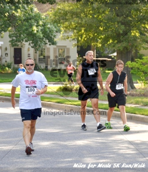 Miles for Meals 5K Run/Walk<br><br><br><br><a href='http://www.trisportsevents.com/pics/11_Miles_for_Meals_5k_036.JPG' download='11_Miles_for_Meals_5k_036.JPG'>Click here to download.</a><Br><a href='http://www.facebook.com/sharer.php?u=http:%2F%2Fwww.trisportsevents.com%2Fpics%2F11_Miles_for_Meals_5k_036.JPG&t=Miles for Meals 5K Run/Walk' target='_blank'><img src='images/fb_share.png' width='100'></a>