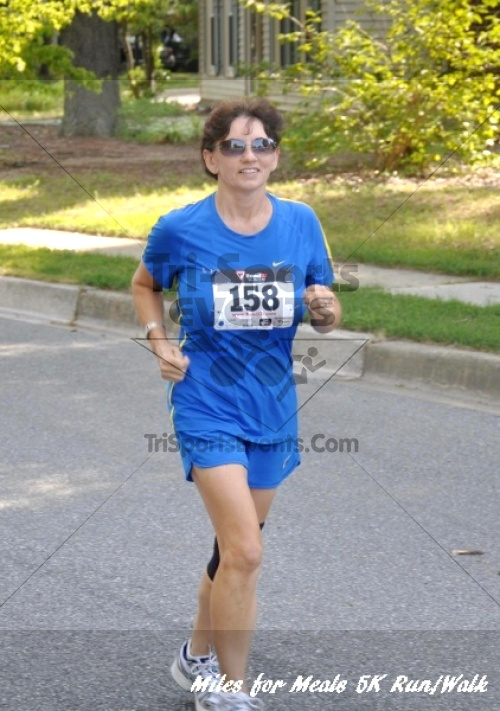 Miles for Meals 5K Run/Walk<br><br><br><br><a href='http://www.trisportsevents.com/pics/11_Miles_for_Meals_5k_041.JPG' download='11_Miles_for_Meals_5k_041.JPG'>Click here to download.</a><Br><a href='http://www.facebook.com/sharer.php?u=http:%2F%2Fwww.trisportsevents.com%2Fpics%2F11_Miles_for_Meals_5k_041.JPG&t=Miles for Meals 5K Run/Walk' target='_blank'><img src='images/fb_share.png' width='100'></a>
