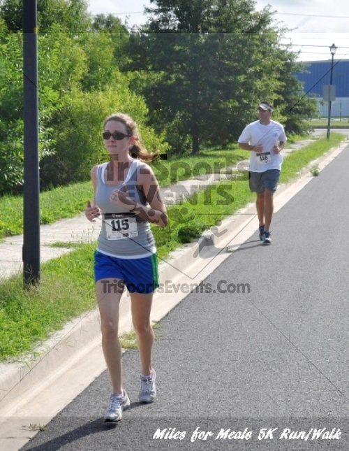 Miles for Meals 5K Run/Walk<br><br><br><br><a href='http://www.trisportsevents.com/pics/11_Miles_for_Meals_5k_064.JPG' download='11_Miles_for_Meals_5k_064.JPG'>Click here to download.</a><Br><a href='http://www.facebook.com/sharer.php?u=http:%2F%2Fwww.trisportsevents.com%2Fpics%2F11_Miles_for_Meals_5k_064.JPG&t=Miles for Meals 5K Run/Walk' target='_blank'><img src='images/fb_share.png' width='100'></a>