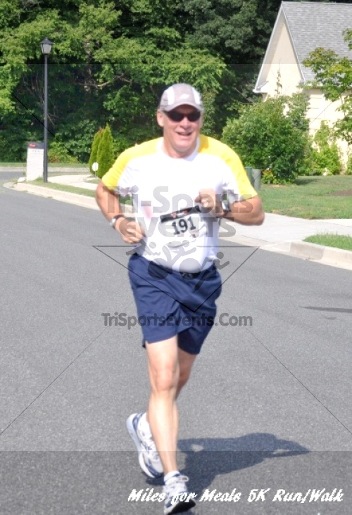 Miles for Meals 5K Run/Walk<br><br><br><br><a href='http://www.trisportsevents.com/pics/11_Miles_for_Meals_5k_0832.JPG' download='11_Miles_for_Meals_5k_0832.JPG'>Click here to download.</a><Br><a href='http://www.facebook.com/sharer.php?u=http:%2F%2Fwww.trisportsevents.com%2Fpics%2F11_Miles_for_Meals_5k_0832.JPG&t=Miles for Meals 5K Run/Walk' target='_blank'><img src='images/fb_share.png' width='100'></a>