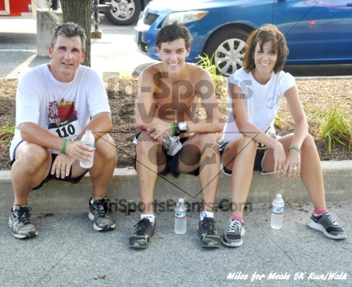Miles for Meals 5K Run/Walk<br><br><br><br><a href='http://www.trisportsevents.com/pics/11_Miles_for_Meals_5k_110.JPG' download='11_Miles_for_Meals_5k_110.JPG'>Click here to download.</a><Br><a href='http://www.facebook.com/sharer.php?u=http:%2F%2Fwww.trisportsevents.com%2Fpics%2F11_Miles_for_Meals_5k_110.JPG&t=Miles for Meals 5K Run/Walk' target='_blank'><img src='images/fb_share.png' width='100'></a>