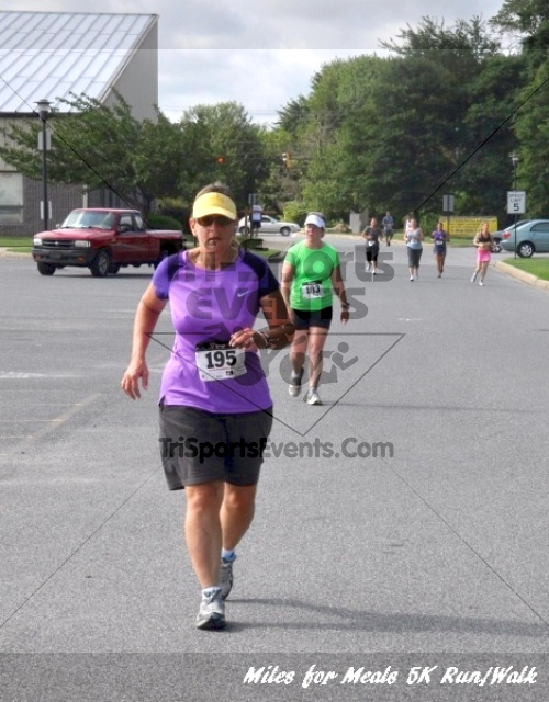 Miles for Meals 5K Run/Walk<br><br><br><br><a href='http://www.trisportsevents.com/pics/11_Miles_for_Meals_5k_142.JPG' download='11_Miles_for_Meals_5k_142.JPG'>Click here to download.</a><Br><a href='http://www.facebook.com/sharer.php?u=http:%2F%2Fwww.trisportsevents.com%2Fpics%2F11_Miles_for_Meals_5k_142.JPG&t=Miles for Meals 5K Run/Walk' target='_blank'><img src='images/fb_share.png' width='100'></a>