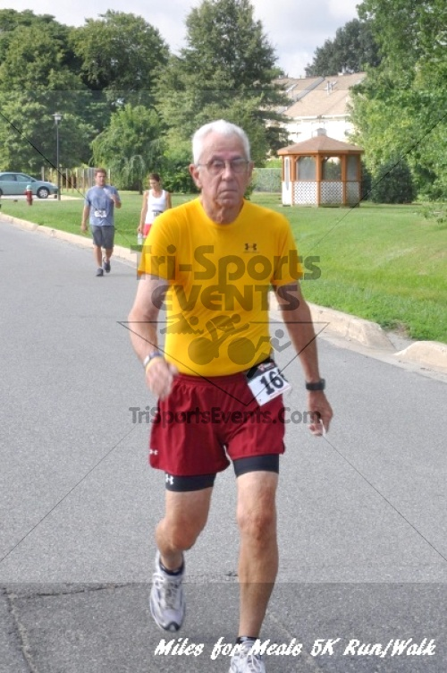 Miles for Meals 5K Run/Walk<br><br><br><br><a href='https://www.trisportsevents.com/pics/11_Miles_for_Meals_5k_146.JPG' download='11_Miles_for_Meals_5k_146.JPG'>Click here to download.</a><Br><a href='http://www.facebook.com/sharer.php?u=http:%2F%2Fwww.trisportsevents.com%2Fpics%2F11_Miles_for_Meals_5k_146.JPG&t=Miles for Meals 5K Run/Walk' target='_blank'><img src='images/fb_share.png' width='100'></a>