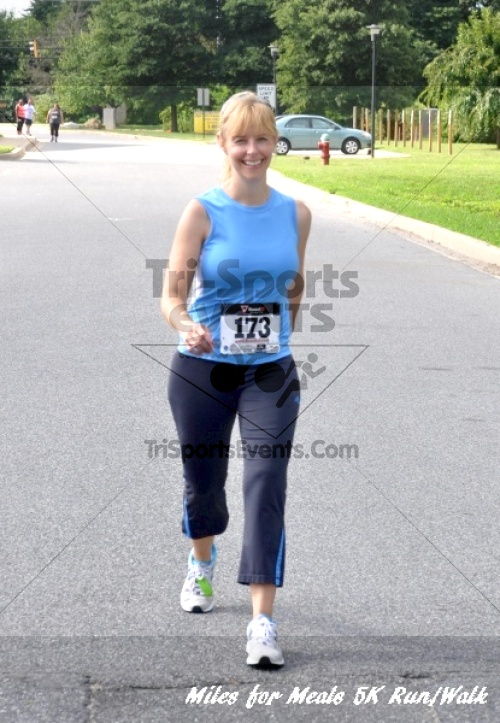 Miles for Meals 5K Run/Walk<br><br><br><br><a href='http://www.trisportsevents.com/pics/11_Miles_for_Meals_5k_155.JPG' download='11_Miles_for_Meals_5k_155.JPG'>Click here to download.</a><Br><a href='http://www.facebook.com/sharer.php?u=http:%2F%2Fwww.trisportsevents.com%2Fpics%2F11_Miles_for_Meals_5k_155.JPG&t=Miles for Meals 5K Run/Walk' target='_blank'><img src='images/fb_share.png' width='100'></a>