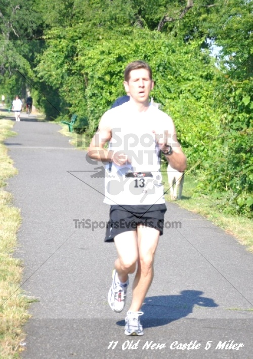 28th Old New Castle 5 Mile Run<br><br><br><br><a href='https://www.trisportsevents.com/pics/11_New_Castle_5_Miler_059.JPG' download='11_New_Castle_5_Miler_059.JPG'>Click here to download.</a><Br><a href='http://www.facebook.com/sharer.php?u=http:%2F%2Fwww.trisportsevents.com%2Fpics%2F11_New_Castle_5_Miler_059.JPG&t=28th Old New Castle 5 Mile Run' target='_blank'><img src='images/fb_share.png' width='100'></a>