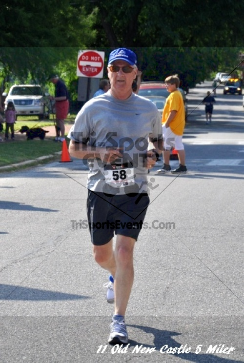 28th Old New Castle 5 Mile Run<br><br><br><br><a href='https://www.trisportsevents.com/pics/11_New_Castle_5_Miler_167.JPG' download='11_New_Castle_5_Miler_167.JPG'>Click here to download.</a><Br><a href='http://www.facebook.com/sharer.php?u=http:%2F%2Fwww.trisportsevents.com%2Fpics%2F11_New_Castle_5_Miler_167.JPG&t=28th Old New Castle 5 Mile Run' target='_blank'><img src='images/fb_share.png' width='100'></a>